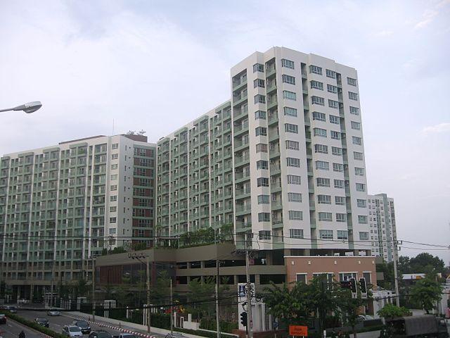 640px-Condominium@Ramintra_road_-_panoramio636269939017942040